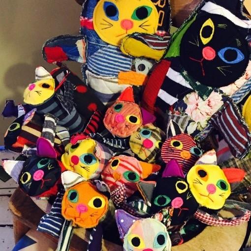 (終了しました)2月22日ネコの日にちなんで『Kitten(仔猫)』展に参加